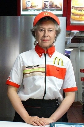 queen-elizabeth-in-a-mcdonalds-uniform
